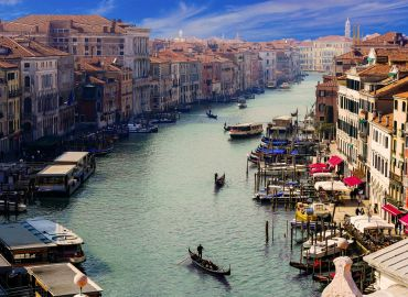 Venice Carnival & Verona