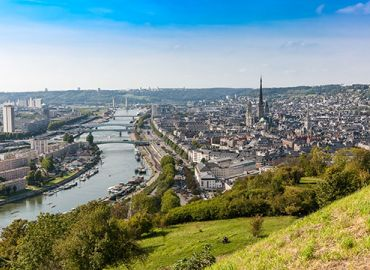 French cities with the Seine