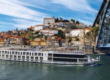 Luxury Douro River Cruise and Stay